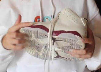 shoes jordan jordan's sneakers puma nike adidas flats boots high heels heels beige grey burgundy burgundy shoes grey top grey sneakers beige shoes