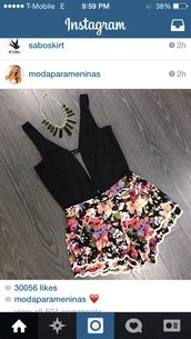 shorts,color/pattern,beautiful shorts,fashion,tank top,blouse,shirt,romper,black,foral,cute,outfit,crop tops,flowers,top,necklace,floral shirt,jumpsuit,black top