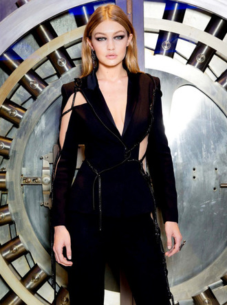 jacket paris black tailoring gigi hadid versace couture cut-out fashion week 2016