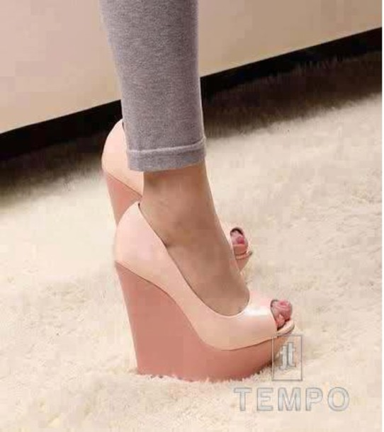 Shoes: platform shoes, high heels, wedges - Wheretoget