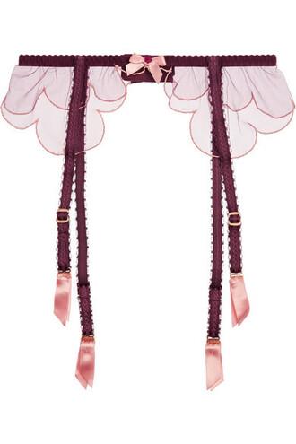 embroidered scalloped belt burgundy