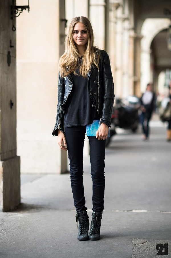 jacket boots cara delevingne jeans coat black cara delevingne leather jacket black jeans grunge black boots outfit skinny pants