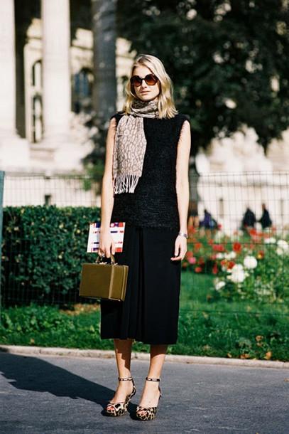 vanessa jackman blogger culottes leopard print high heels scarf black top