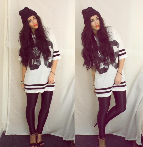 dress jersey top beanie lipstick tights heels me heel shirt t-shirt basketball dress basketball t-shirt