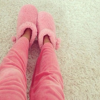 pajamas shoes cuddle cuddly cuddle weather fluffy pink pink shoes cute shoes cute slippers slipper boots