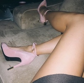 shoes,pumps,pink,instagram,heels,fashion,girly,cute,gold,suede