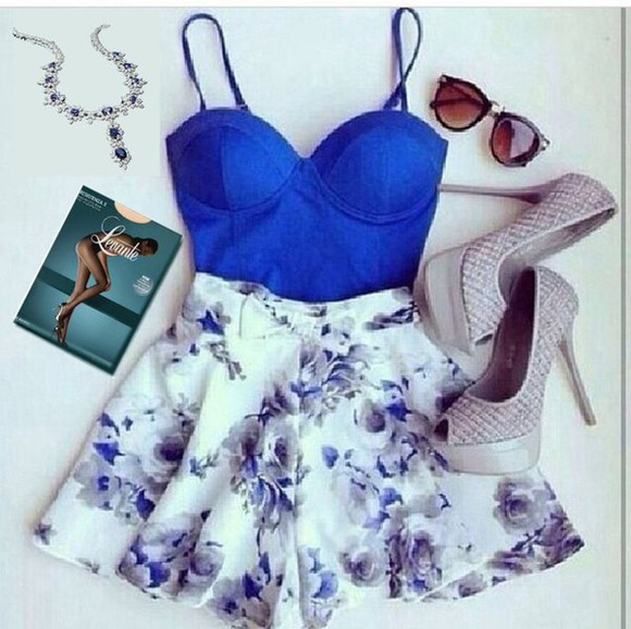 fashion cute outfit style skirts and tops high heels stockings necklace sunglasses bustier