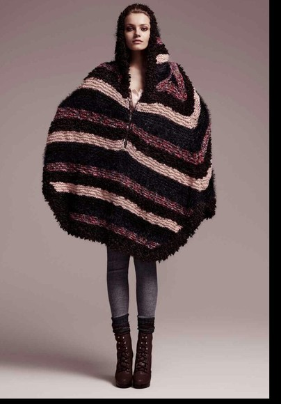 coat poncho cape sweater cap hoodie manteau hood stripes soft fabric twilight brown black fashion defile warm winter outerwear