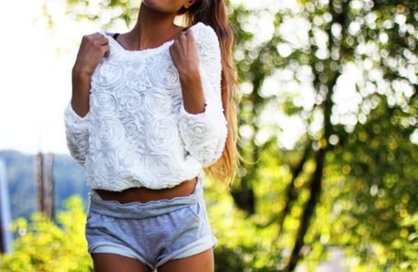 shirt white roses rose shorts comfy