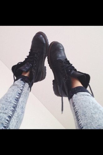 jeans boots indie tumblr urban outfitters drmartens blogger shoes