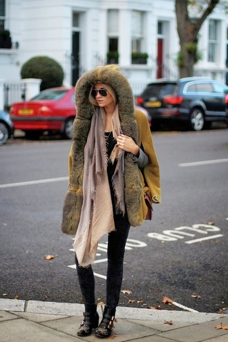 en vogue coop blogger scarf jacket jeans bag fur studs susanna boots fur hood shearling jacket shearling mustard sunglasses aviator sunglasses ankle boots black boots embellished