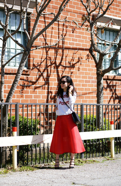 hallie daily blogger skirt sweater shoes bag sunglasses jewels