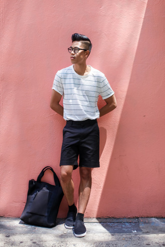 closet freaks blogger t-shirt shorts bag jewels