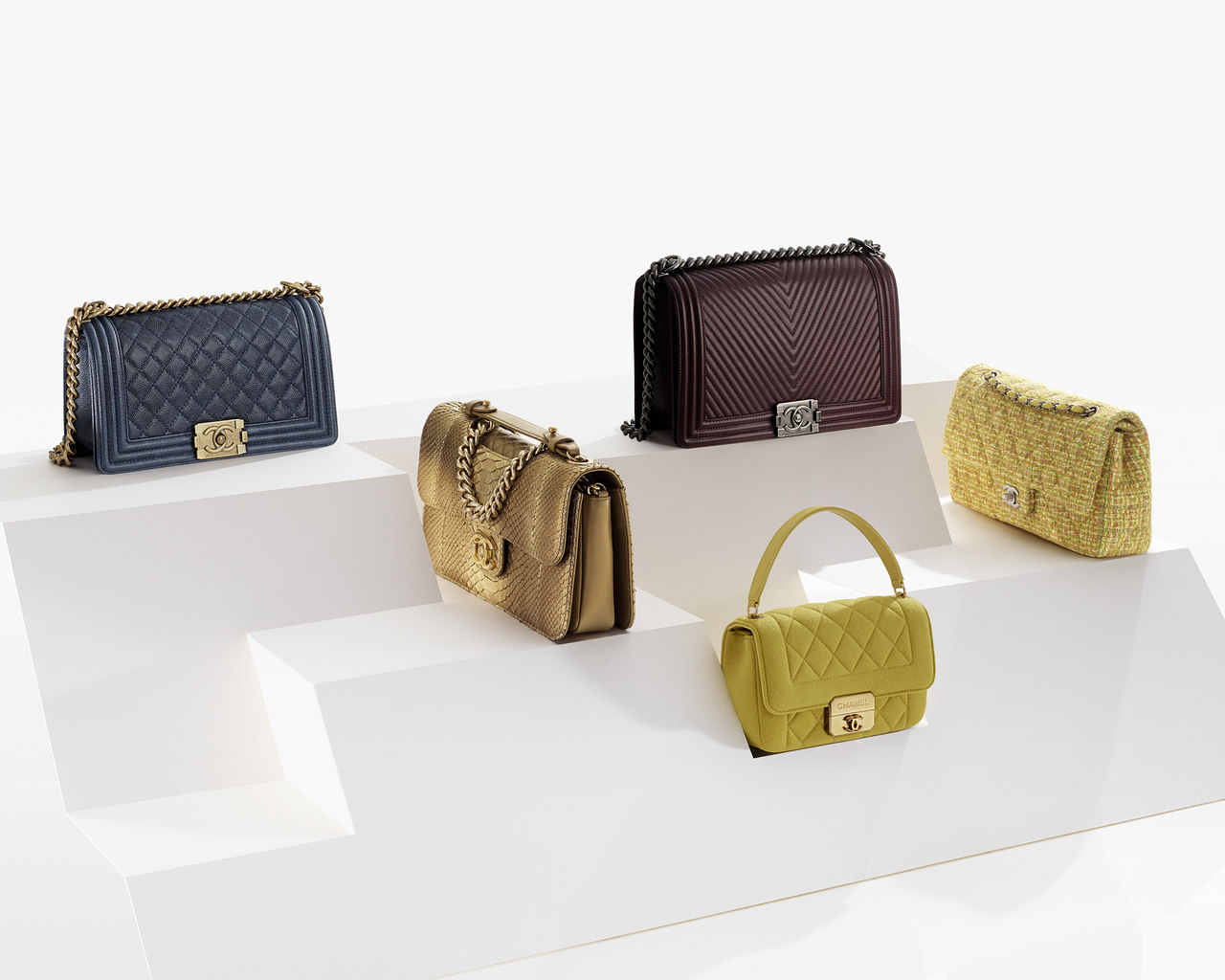CHANEL Fashion - Handbags