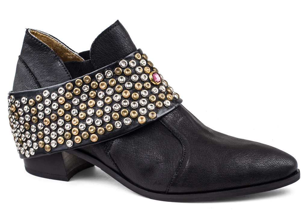 Chloe with Removable Studded Hardware