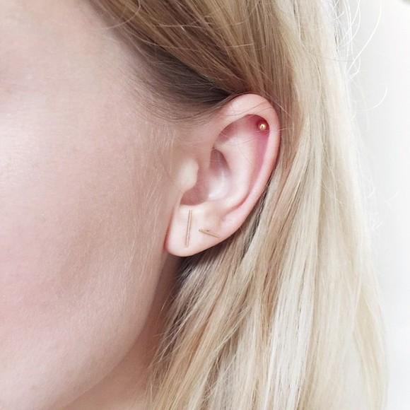 jewels earrings earing ear piercings gold earrings