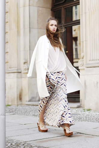 gold schnee blogger slit pattern white coat wedge sandals