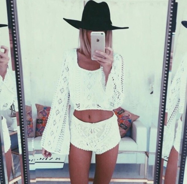 Long Sleeve Blouse And Shorts 45