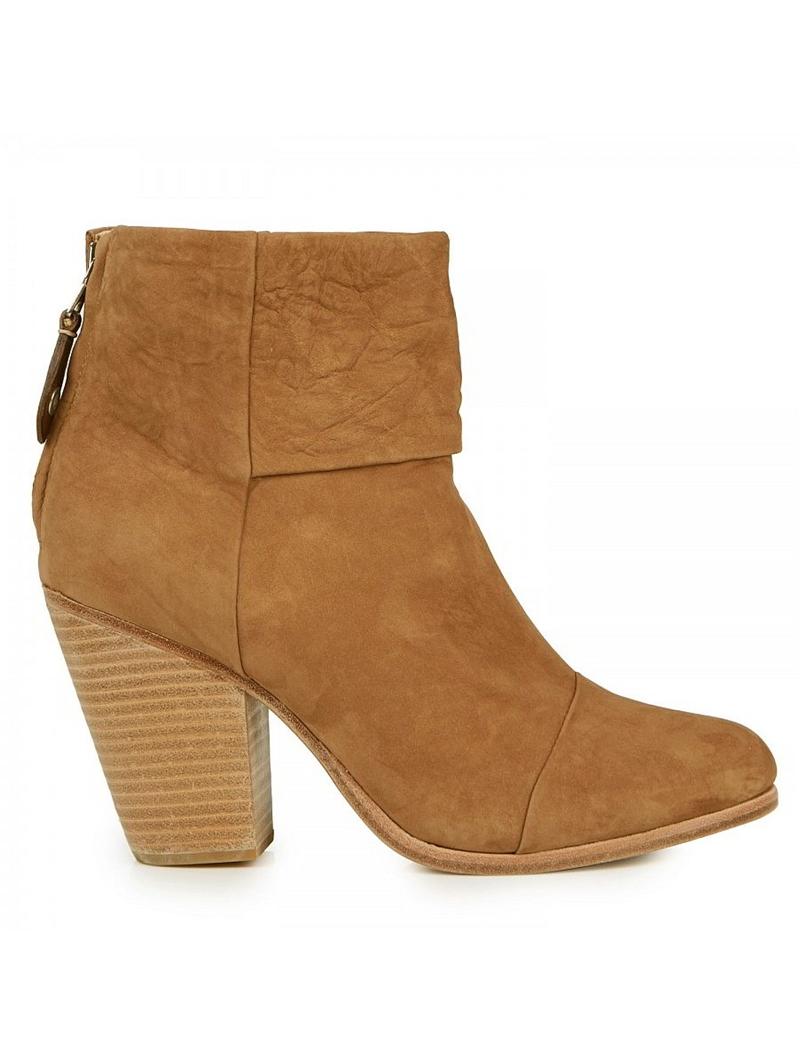 Classic Newbury Boots in Camel Nubuck