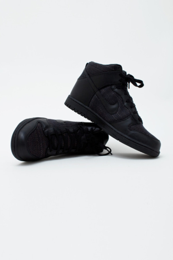 Shoes: black, fashion, nike, snakers, style, urban, girl ...