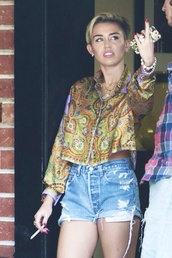 blouse,miley cyrus,colorful,jeans,swag,cute,accessories,shorts