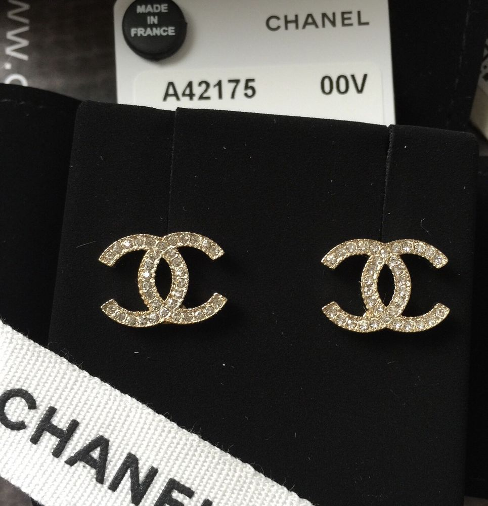 2017 Chanel Classic Earrings Gold Cc Crystal Logo Authentic