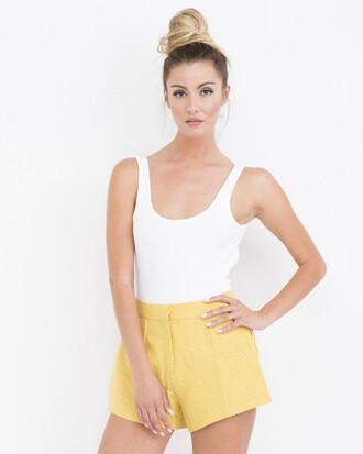 shorts yellow yellow shorts pleated pleated shorts