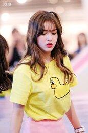 shirt,somi,ioi,yellow,duck,cute,kpop,cool,pretty,korean fashion,kpop star,jeon somi,love,lovely,funny,t-shirt,graphic tee,style,fashion,casual,instagram,celeb,special,lipstick