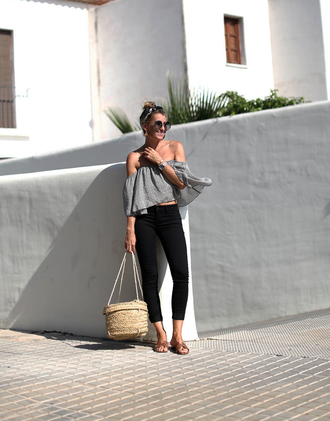 bag grey top tumblr basket bag top off the shoulder off the shoulder top jeans denim black jeans shoes sandals round sunglasses sunglasses