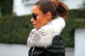 jacket,fur,coat,black,collar,scarf