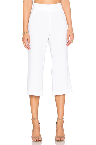 enza costa flare cropped white