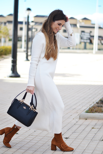 dress tumblr maxi knit dress knit knitwear knitted dress long sleeves long sleeve dress boots suede suede boots brown boots bag black bag