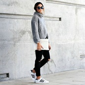 shoes,sneakers,adidas,sneakers white,sweater,casual winter,casual,winter sweater,winter outfits,sporty,sporty chic,adidas shoes,black ripped jeans,grey sweater,adidas superstars,streetwear,streetstyle,women,style,knitted sweater,grey,knitwear