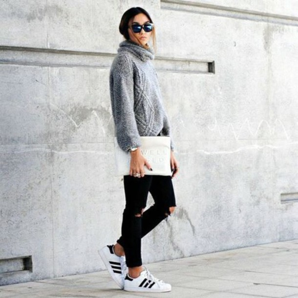 shoes sneakers adidas sneakers white sweater casual winter casual winter sweater winter outfits sporty sporty chic adidas shoes black ripped jeans grey sweater adidas superstars streetwear streetstyle women style knitted sweater grey knitwear