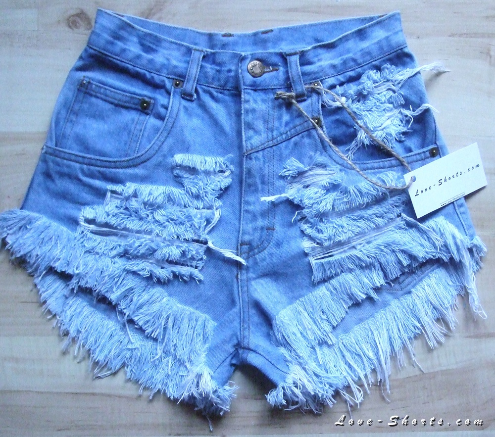 High waisted frayed studded shorts