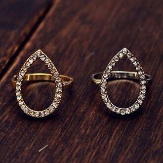 jewels crystal quartz ring crystal ring jewel cult teardrop teardrop ring tear drop ring