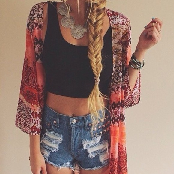 braid blouse denim kimono summer shorts denim shorts spoles spike spike shorts style summer outfits necklace fish braid top jewels tank top shorts coat shirt black tribal pattern cardigan light cardigan cover up tribal cardigan studded shorts High waisted shorts studded shortshigh waisted shorts girly jewls tumblr outfit tumblr tumblr girl kimono summer cool