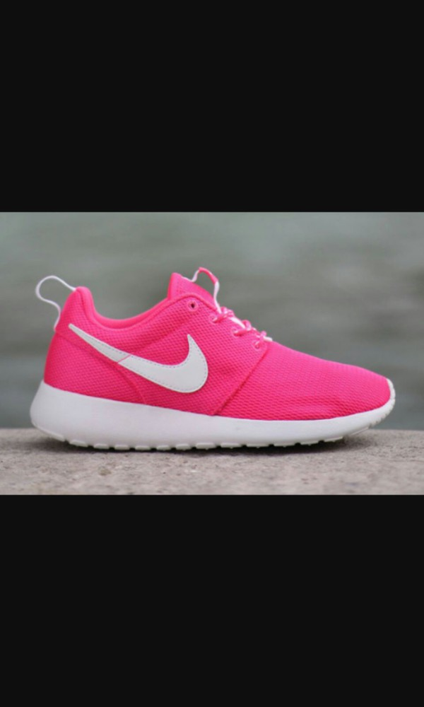 shoes pink neon nike running shoes roshe runs wheretoget