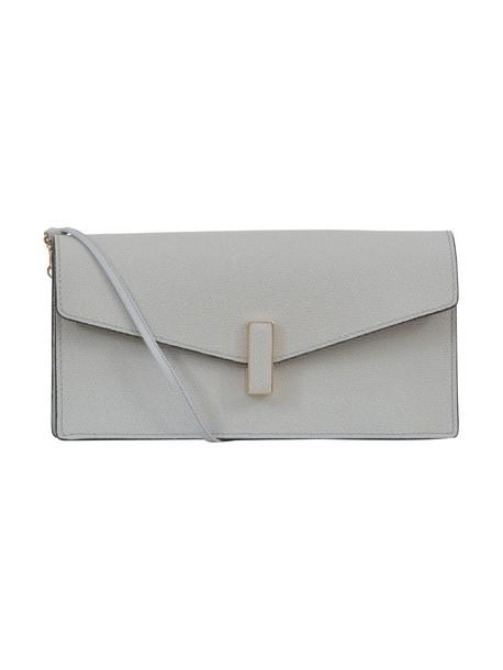 clutch pearl bag
