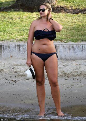 sunglasses fiona falkiner model plus size curvy swimwear black swimwear swimwear two piece hat white hat black sunglasses