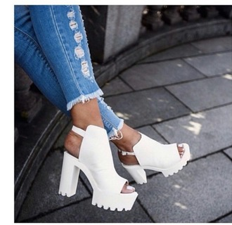 shoes white shoes white white heels heels high high heels highheels high heel heel white high heels platform shoes sandals sandal heels high heel sandals cute sandals sandals shoes
