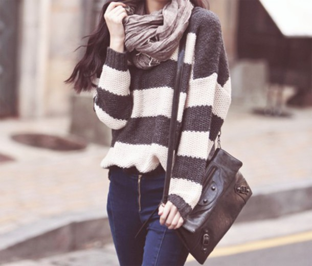 bag oversized sweater grey white stripes knitted sweater blouse scarf sweater romper striped sweater grey sweater white sweater