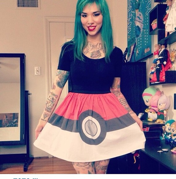 skirt pokemon pokeball