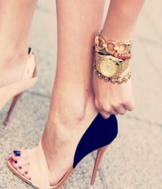 shoes nude high heels nude nude heels black black heels classy fashion style heels perfecto perfect cute sexy sexy shoes elegant nice
