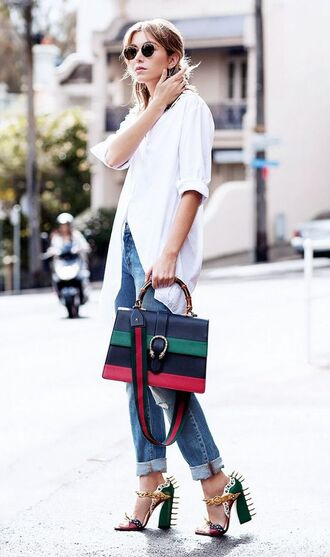 shoes green sandals block heel sandals sandals sandal heels bag striped bag denim jeans blue jeans shirt long shirt white shirt sunglasses spring outfits streetstyle