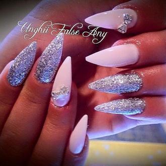 nail accessories california