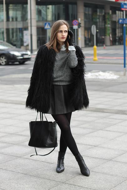 eba4544c6af so in carmel blogger leather skirt grey sweater black bag black boots  fluffy winter outfits