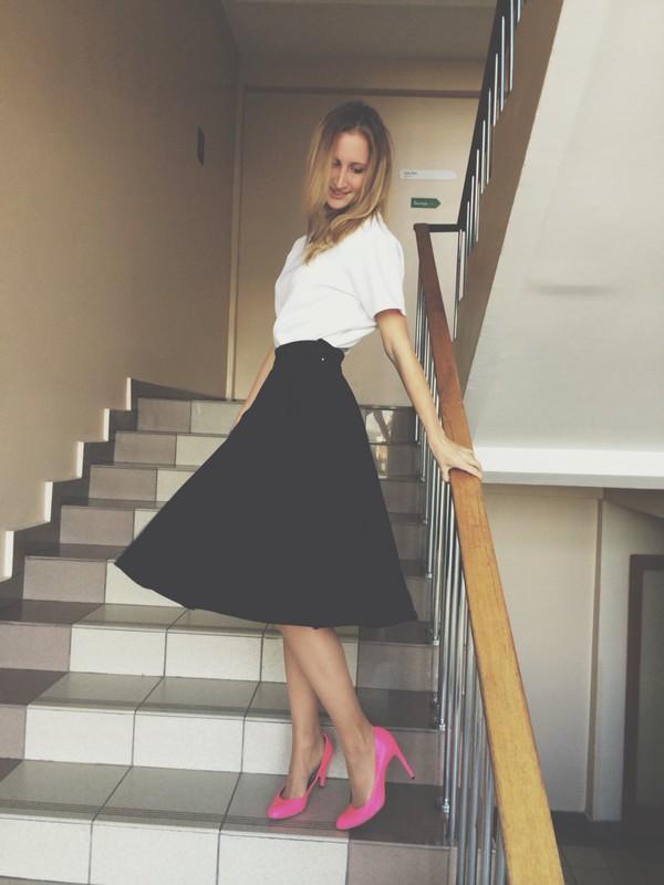 zarina mohito maxi skirt pink heels blouse