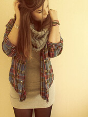 sweater,scarf,long top,flannel shirt,shirt,plaid shirt,jacket,dress,plad shirt,jeans