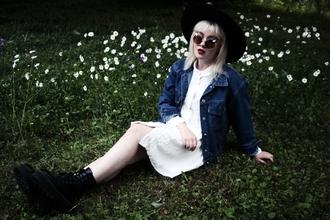 thelma malna blogger denim jacket white shirt shirt dress black shoes